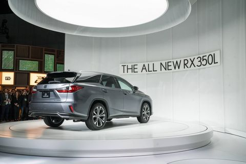 The 2018 Lexus RX350L gets a 3.5-liter V6 making 290 hp.
