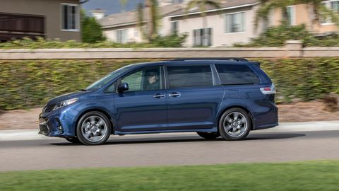The 2019 Toyota Sienna only comes with a 3.5-liter V6. AWD is optional.