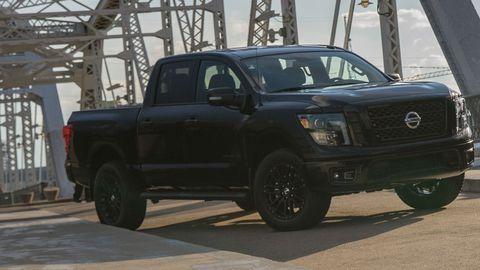 The Nissan Titan Midnight Edition takes the dark theme to the maximum.