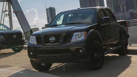 The 2018 Nissan Frontier Midnight Edition comes black accents, wheels and interior bits.