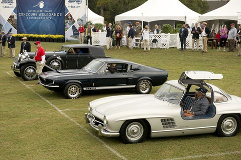 The Best Road & Track category winner was Jeff Files' 1955 Mercedes-Benz 300SL Gull Wing. The Paul Doerring Founders Award was awarded to Kentucky residents Hunt and Pat Palmer-Ball for their 1967 American Shelby GT350 Fastback. In back is the Stutz.
