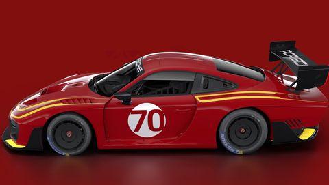 Porsche 935 in Momo livery