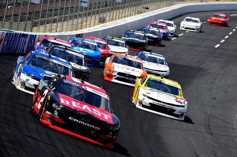 Land vehicle, Vehicle, Motorsport, Touring car racing, Sports car racing, Race track, Stock car racing, Endurance racing (motorsport), Car, Racing,