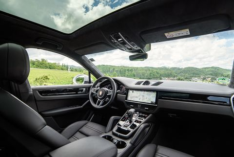 A look inside the Porsche Cayenne Coupe, very similar to the Porsche Cayenne.