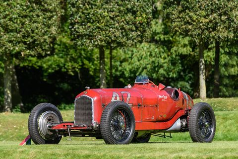 Heveningham Concours featured 60 cars, 10 airplanes on 18th Century estate. Here is the famous Don Lee Special, a 1934 Alfa Romeo Tipo B Monopostoraced by the Ferrari-run Alfa team and later in two Indy 500s.