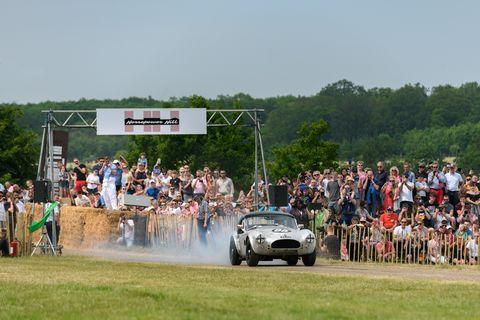 1963 Shelby Cobra takes on Horsepower Hill