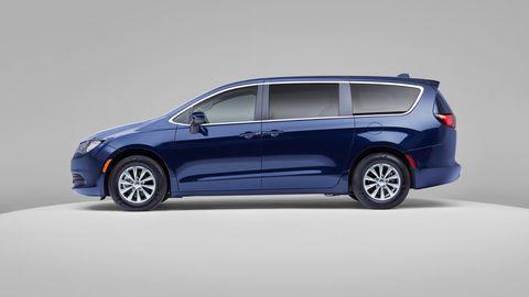 Land vehicle, Vehicle, Car, Minivan, Alloy wheel, Automotive design, Automotive tire, Family car, Compact mpv, Rim,