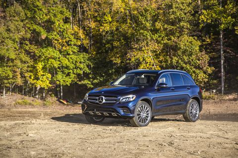 The 2016 GLC 00 4Matic shown here illustrates the changes, with strakes one the outboard lower grilles that are gone on the new modeland the older headlamp design. The major body panels, however, are unchanged.