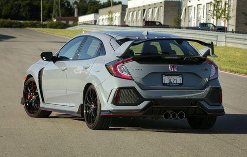 Land vehicle, Vehicle, Car, Automotive design, Motor vehicle, Mid-size car, Bumper, Honda, Rim, Hatchback,