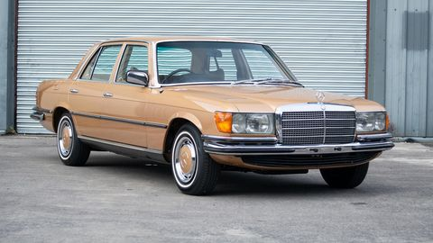 Land vehicle, Vehicle, Car, Motor vehicle, Luxury vehicle, Mercedes-benz w126, Mercedes-benz, Classic car, Mercedes-benz 450sel 6.9, Full-size car,