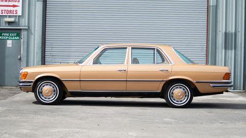 Land vehicle, Vehicle, Car, Full-size car, Sedan, Classic car, Mercedes-benz, Mercedes-benz 450sel 6.9, Luxury vehicle, Mercedes-benz w126,