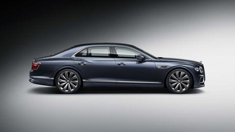 Land vehicle, Vehicle, Car, Luxury vehicle, Sedan, Automotive design, Personal luxury car, Full-size car, Bentley, Mid-size car,