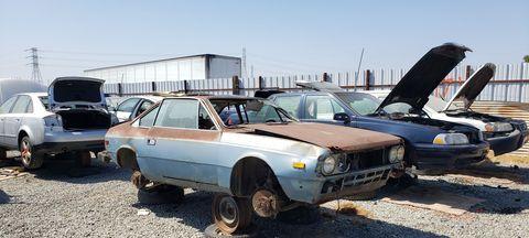Land vehicle, Vehicle, Car, Regularity rally, Coupé, Sedan, Classic car, Family car, Hardtop, Hatchback,