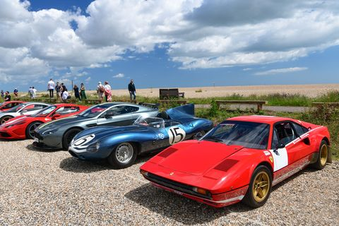 Heveningham Concours 60 cars, 10 airplanes and ferret races!