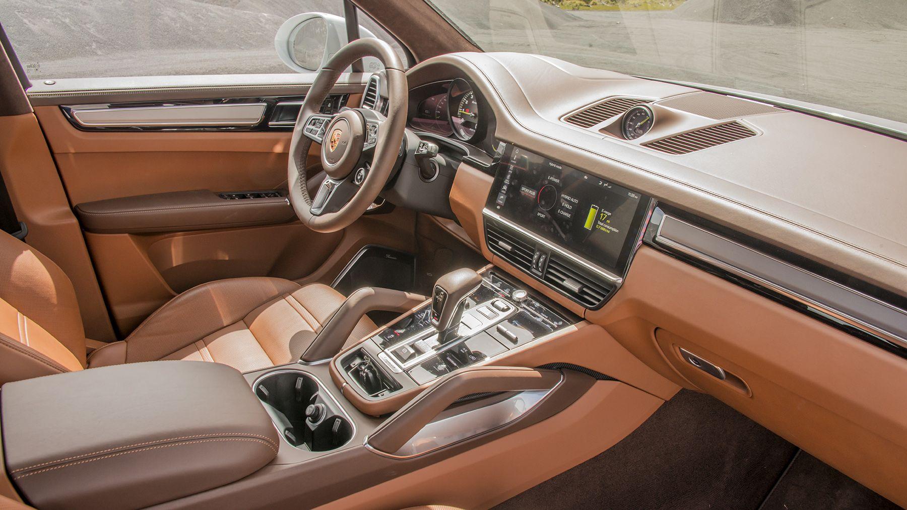 2020 Porsche Cayenne Turbo S E Hybrid Interior Photos