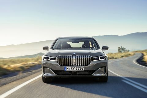 The 2020 BMW 750i xDrive comes with a 4.4-liter twin-turbocharged V8. European model shown.