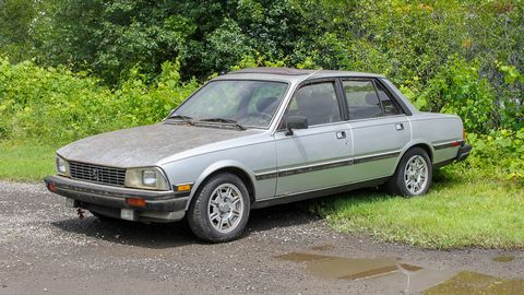 This 505 Turbo Diesel surprised us: very few diesel examples of this model survive, even among surviving 505s.