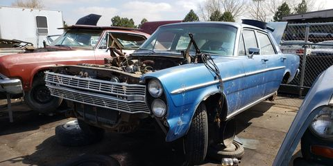 Some lucky 1966 full-size Ford owner grabbed a bunch of the front body parts from this car.