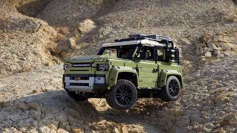 Land vehicle, Vehicle, Off-roading, Car, Off-road vehicle, Regularity rally, Automotive tire, Tire, Sport utility vehicle, Land rover defender,