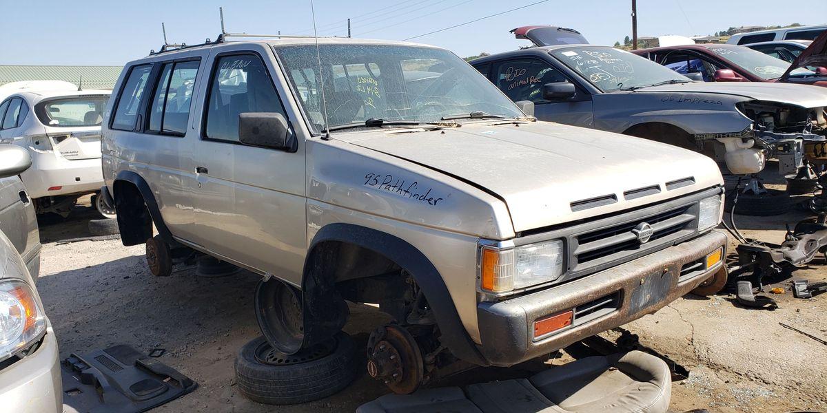 junkyard treasure 1995 nissan pathfinder junkyard treasure 1995 nissan pathfinder