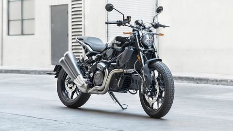 2020 Indian FTR 1200 is astylish bike with flat tracker roots