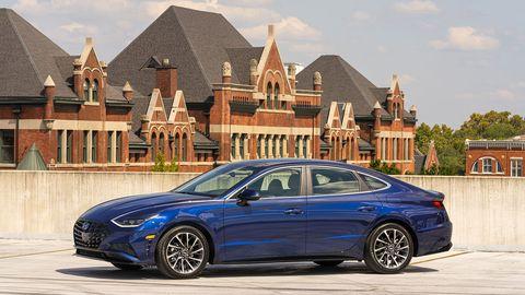 Land vehicle, Vehicle, Car, Automotive design, Mid-size car, Luxury vehicle, Performance car, Rim, Sedan, Personal luxury car,