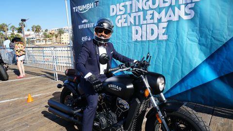 Motorcycle, Motor vehicle, Motorcycling, Vehicle, Motorcycle accessories, Automotive tire, Cruiser, Motorcycle helmet, Car, Helmet,