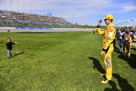 Sights from the NASCAR action at Kansas Speedway, Sunday, Oct. 20, 2019