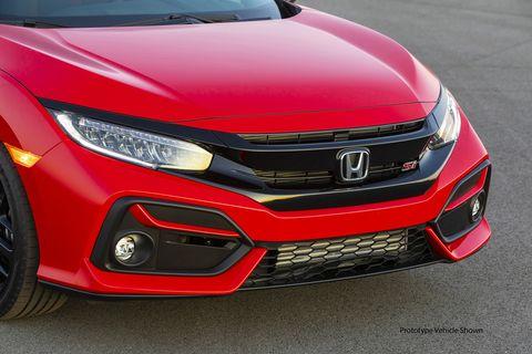 The 2020 Honda Civic Si's new front bumper design