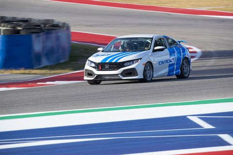 Here is the Honda Civic Si TCArace car lapping Circuit of the Americas