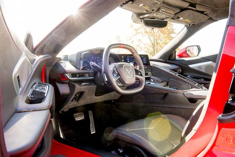 Look inside the fighter-jet cocoon that is the 2020 Chevrolet Corvette interior.
