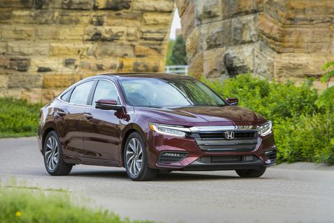 The styling cues of the Insight front grill looks largely like any other Honda out today. Certainly a huge departure from Insights of old.