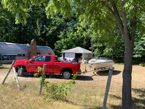 Now fully loaded, the 2019 Chevrolet Silverado has but 2.7-liters and four cylinders to haul all this home. In the background is what's called a Quonset hut, a pre-fabricated building, designed in the U.S.