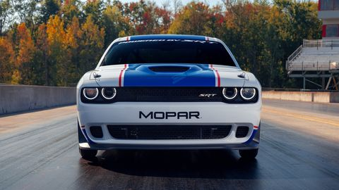 <h4>The 2020 Mopar Dodge Challenger Drag Pak is powered by the supercharged 354-cubic-inch HEMI V8.</h4>