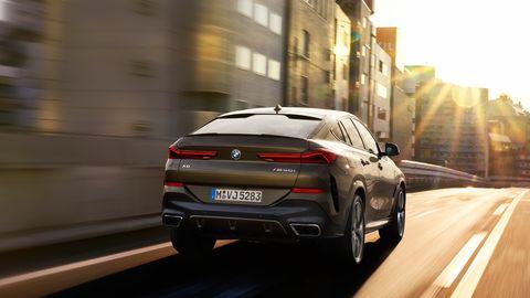 The 2020 BMW X6 comes with either a 335-hp I6 or a 523-hp V8. Both get eight-speed automatics.