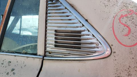 Federal law required flow-through ventilation for 1970 cars.