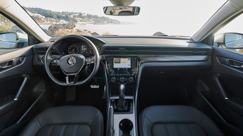 The 2020 Volkswagen Passat<span><span> gets</span></span><span><span> a subtle makeover with vents that stretch all the way across the cabin</span></span>