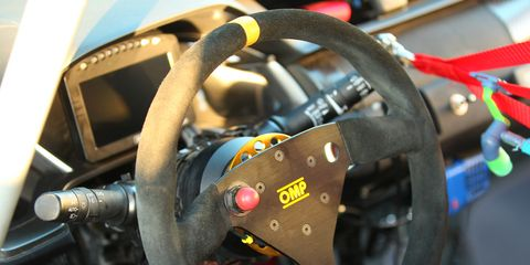 Nothing like a steering wheel with just one button. Keep your focus on steering