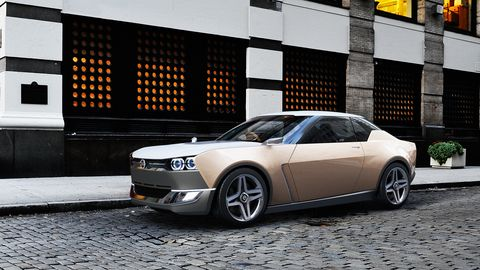 The Nissan IDXs premiered at the Tokyo motor show in 2013.