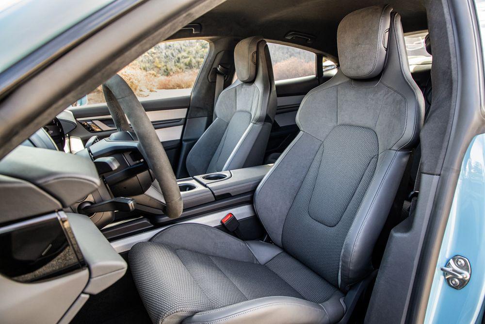 2020 Porsche Taycan 4s Interior