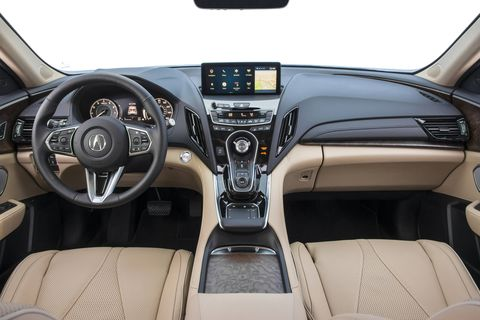 The 2019 Acura RDX gets the company's new infotainment system.