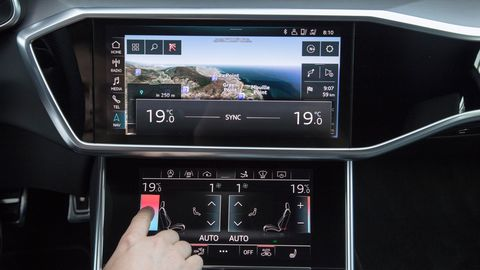 The 2019 Audi A7 ditches the rotary multimedia controller for a dual-screen setup.