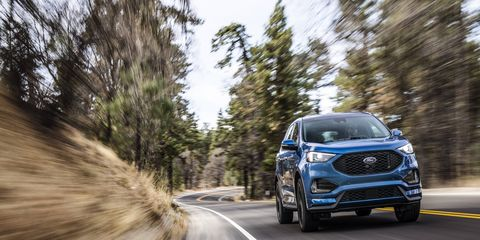 The Ford Edge ST replaces the Edge Sport for 2019 with a 335-hp 2.7-liter twin-turbo V6.