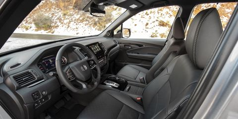 The 2019 Honda Passport gets leather seats in the EX-L, Touring and Elite trims.