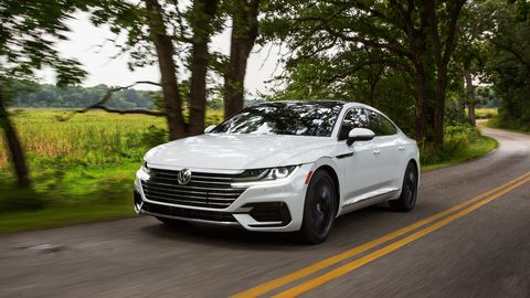 The 2019 Volkswagen Arteon goes on sale in April with a turbocharged 2.0-liter I4.
