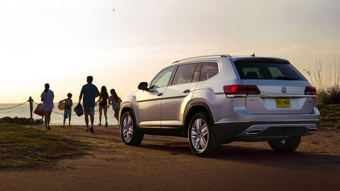 The 2019 Volkswagen Atlas adds blind spot monitoring and Rear Traffic Alert across the board.