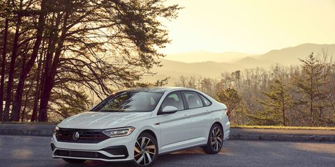 The 2019 Volkswagen GLI Autobahn edition comes standard with extra features like a panoramic sunroof, ventilated seats and keyless ignition.