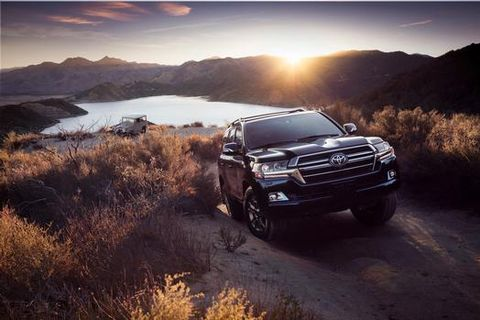 There was something for almost every Toyota truck at the Chicago auto show this year. Here's. the 2020 Toyota Land Cruiser Heritage Edition