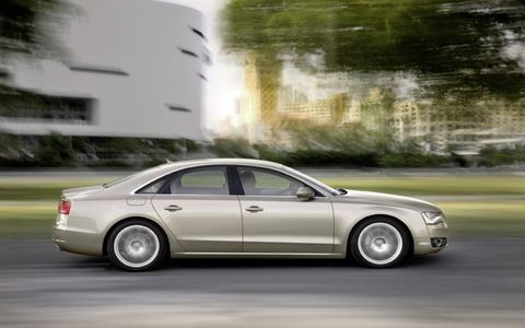 Flash Drive: 2011 Audi A8