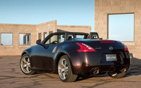 Driving the 2013 Nissan 370Z Roadster Touring with the top down is fantastic.